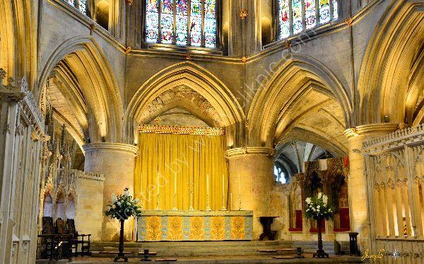 Tewkesbury abbey altar
