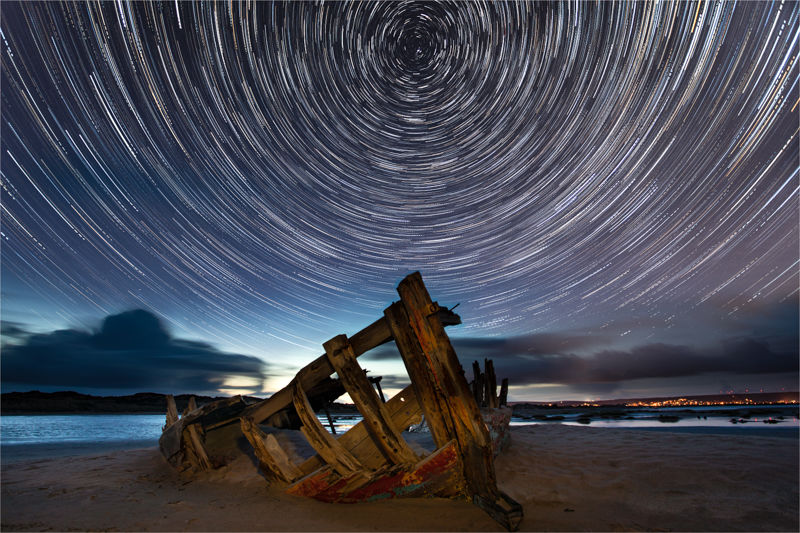 Sinking under the stars
