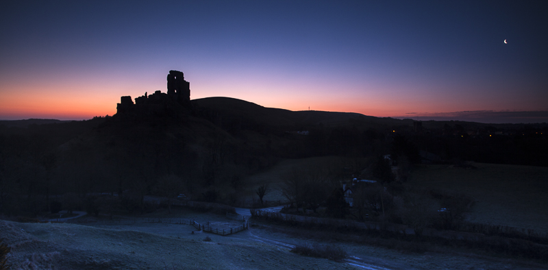 Dawn at Corfe Caste