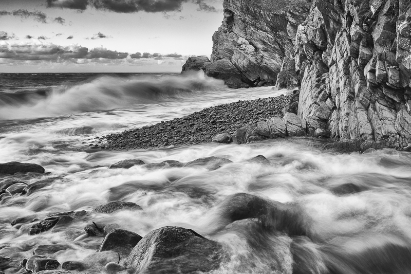 River meets the sea in mono