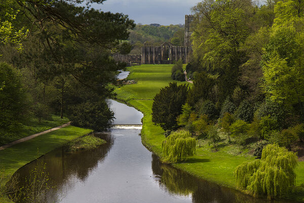 3rd. Fountains Abbey. Ray Bell. Judge: Peter Yearnshire. LRPS