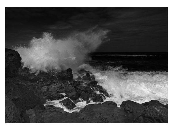 H.C. Wave crash. Roberto Aguilar. Judge: Patrick Sheard.