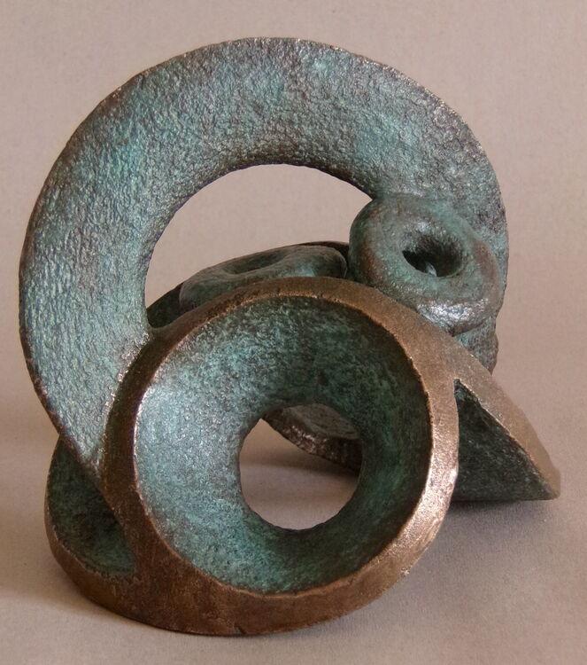 Opposing Circles Bronze