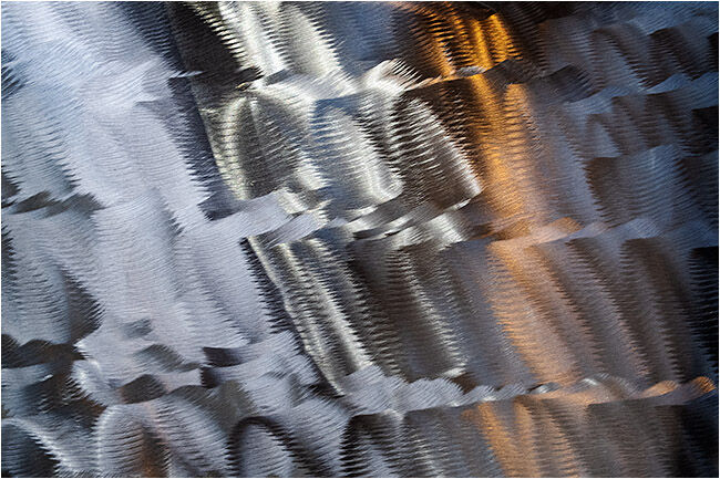 Reflections on polished stainless steel printing plate