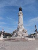 Monument Machado Castro