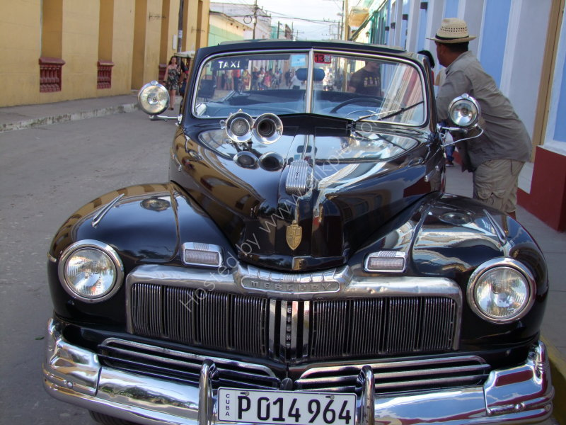 Ford Mercury Eight, Trinidad
