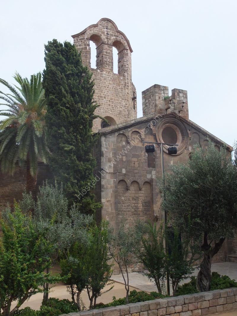 Facade of Iglesia de Sant de Pau