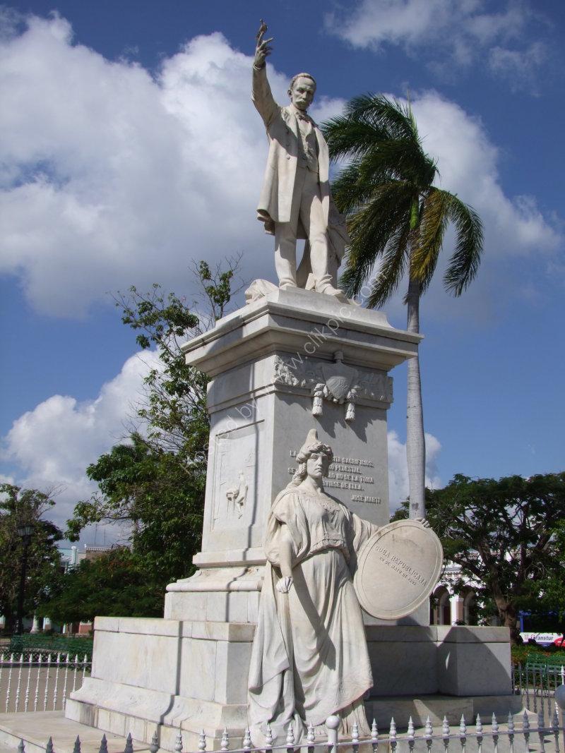 Statue of Jose Marti, Parque Jose Marti, Cienfuegos