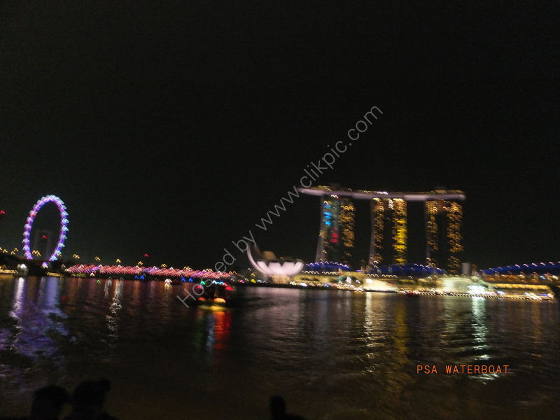 Singapore Flyer, Art Science Museum & Marina Bay Sands Hotel at Night
