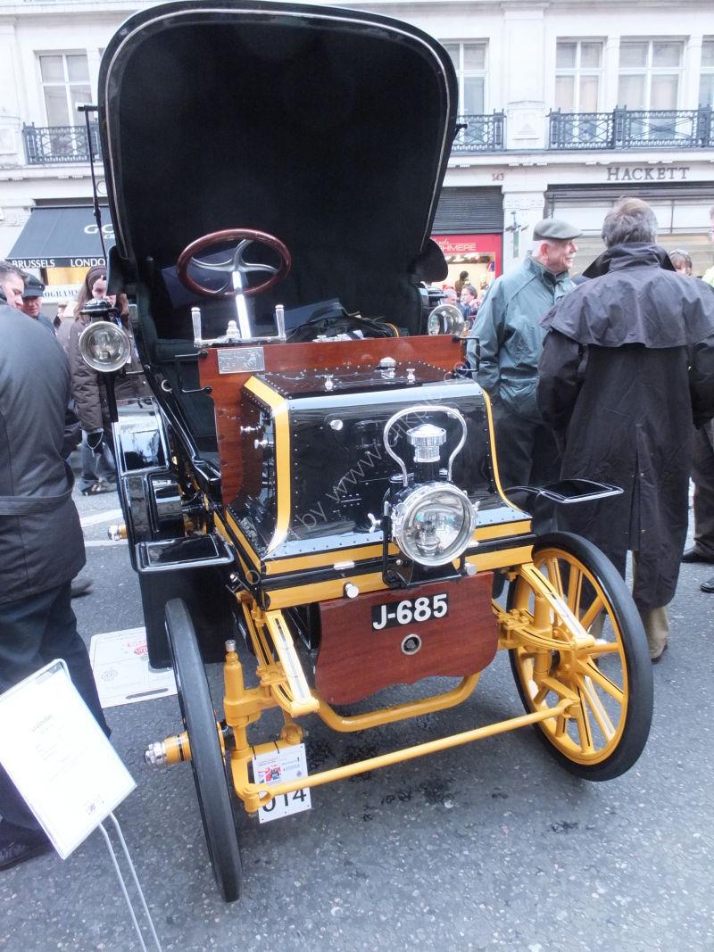 Daimler 1900's, London to Brighton Vintage Car Rally