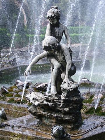 Fountain in English Garden, Palermo