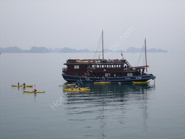 Kayaking in Halong Bay with Vietnamese Junk