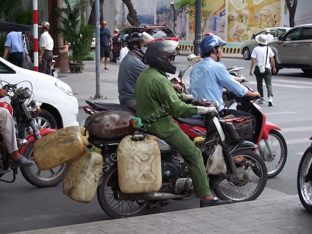 Motorbike Petrol Delivery! Ho Chi Minh City