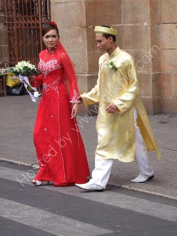 Traditional Vietnamese Dress, Ho Chi Minh City