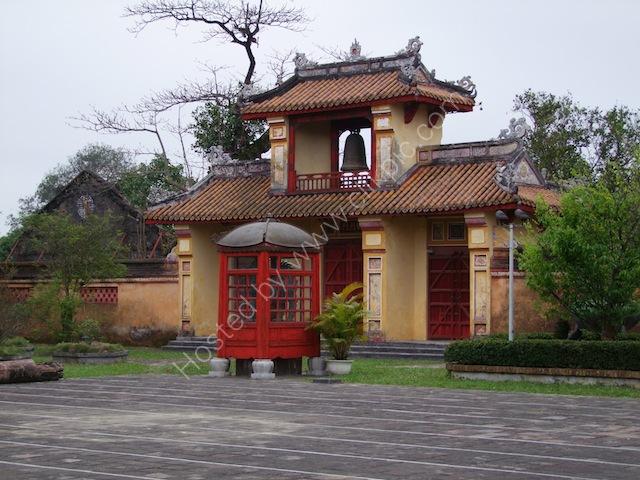Bell Gate, Kinh Thanh (Citadel), Hue