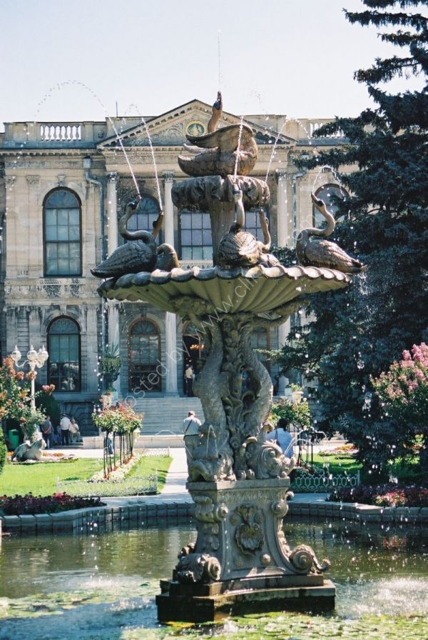 Fountain, Dolmabahce Palace, Istanbul, Turkey