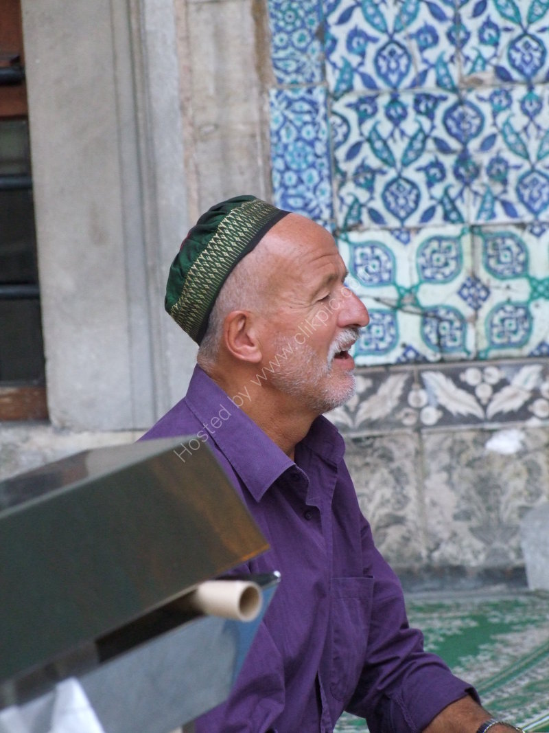 Moroccan turned Turkish at the New Mosque, Istanbul