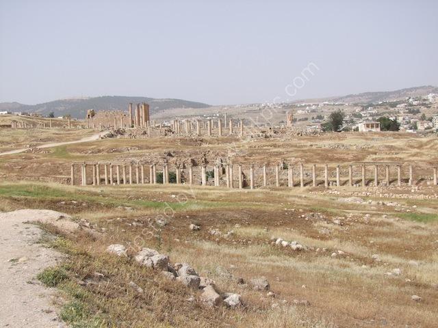 Roman Collonades North to South, Jerash