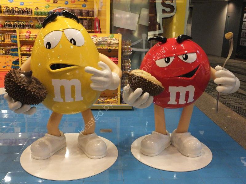 M&M Advertising, Singapore Airport