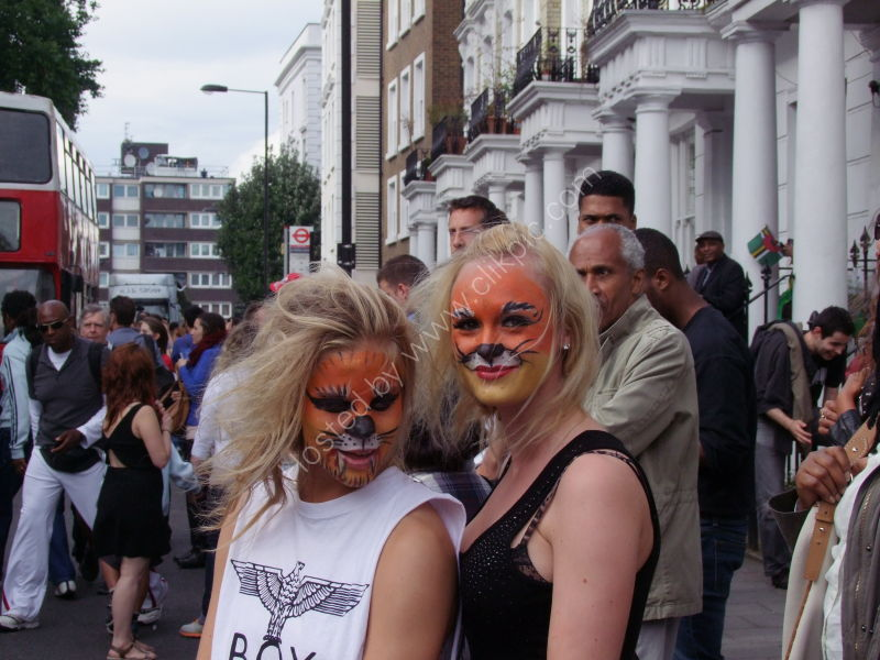 Sisters? Spectators at Nottinghill Carnival