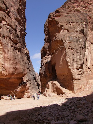 Exit from As-Siq Gorge to Al-Khaznet al-Faraoun (Treasury to the Pharaoh), Petra