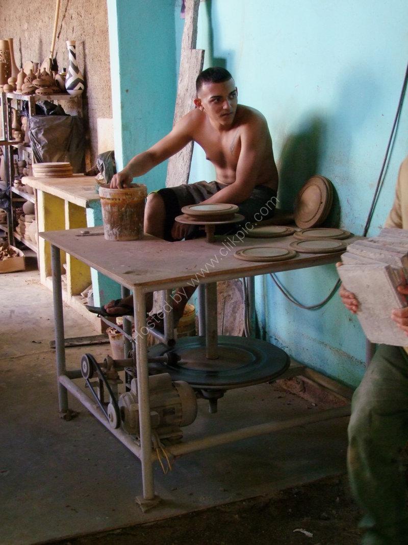 Young Cuban Potter, Trinidad