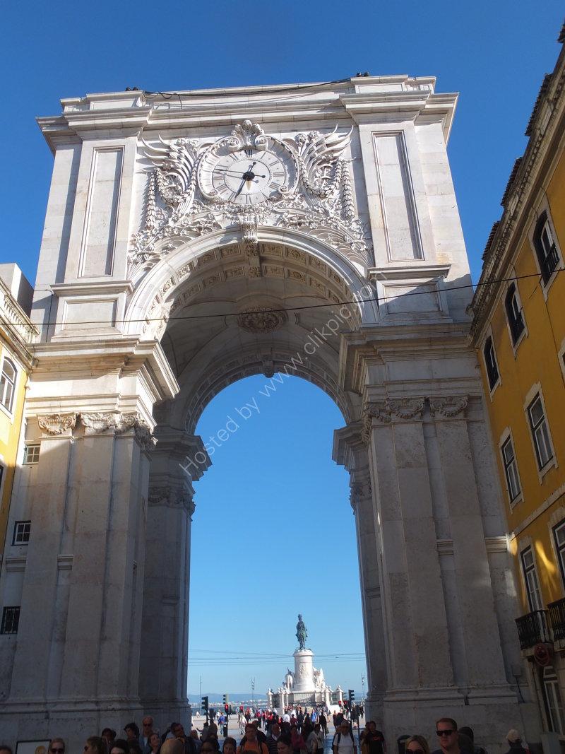Arco da Vitoria from Rua Augusta