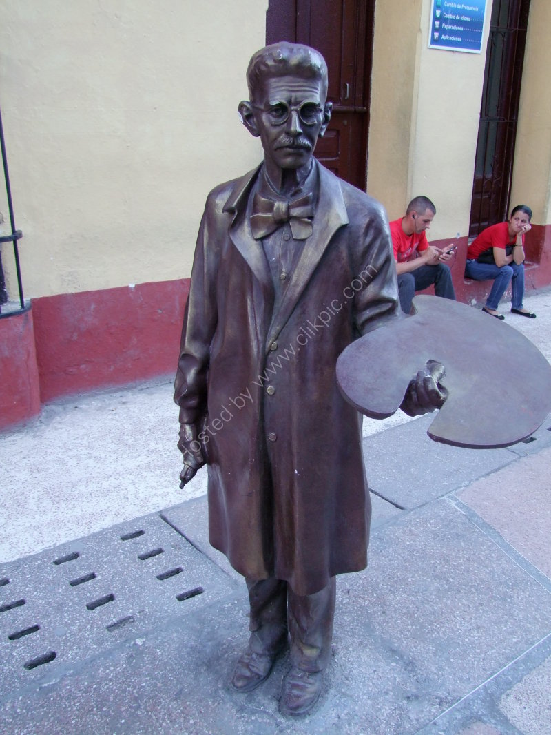 Bronze of an Artist, Santa Clara