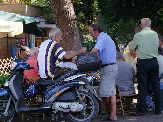 Sicilians Chatting in the Park, Piazza Indipendenza, Palermo
