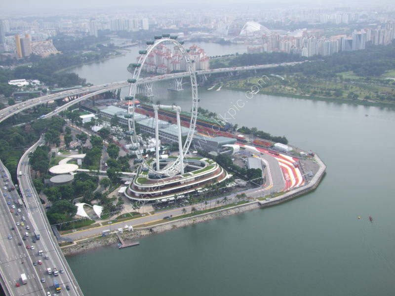 Singapore Flyer, Marina Bay