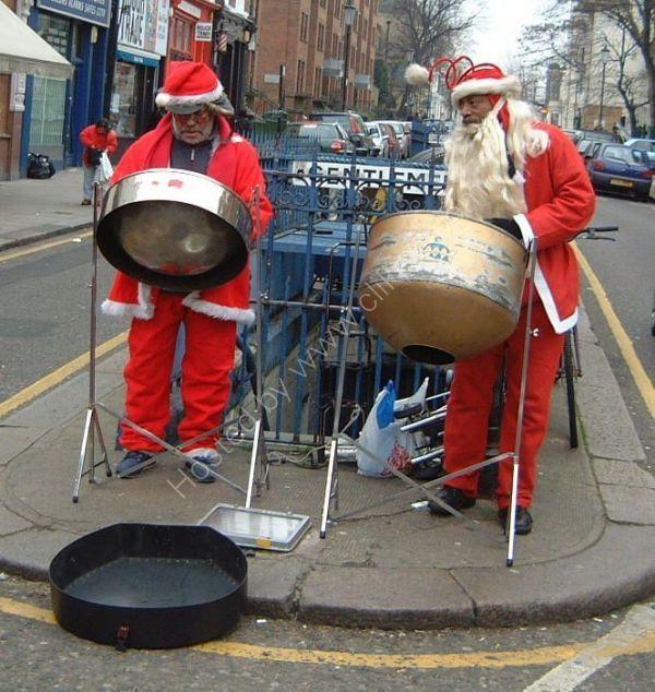 Christmas Cheer!, Portobello Road, London