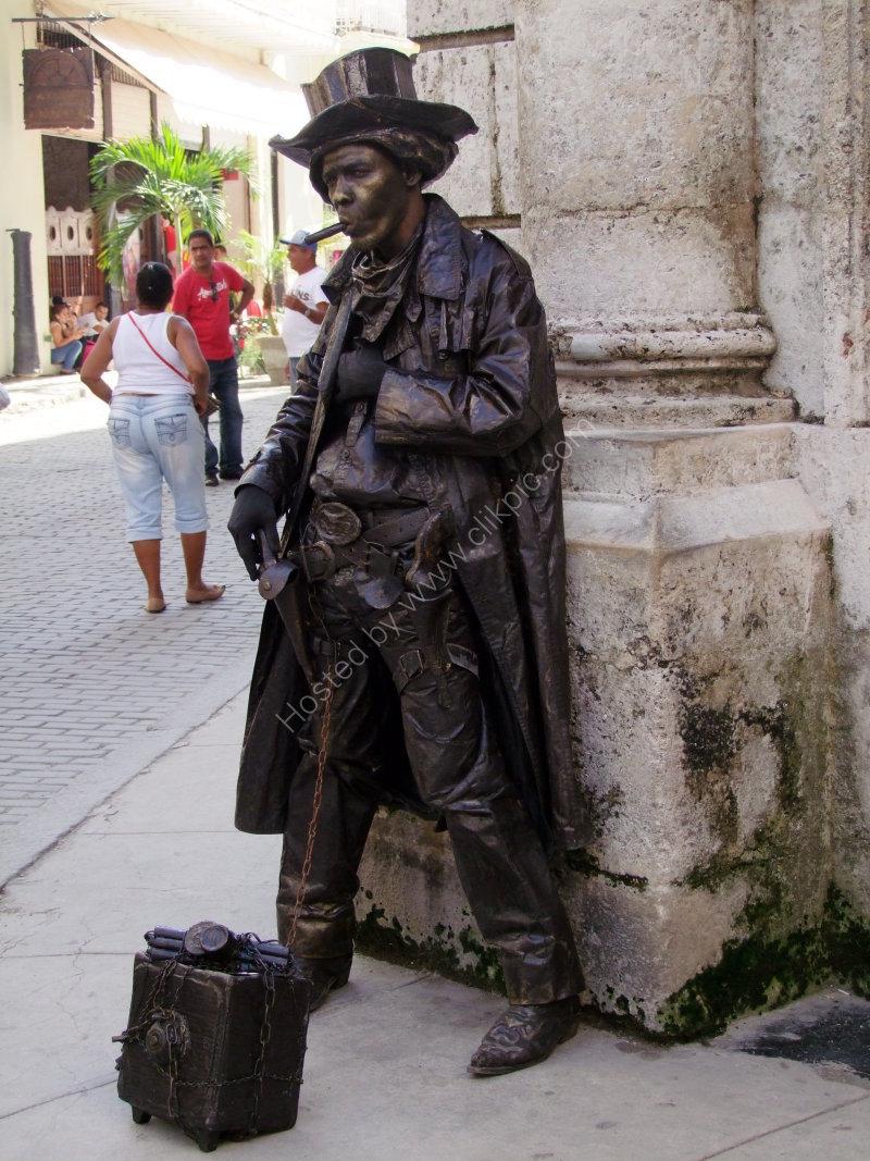 Street Artist, Obispo Street, Havana