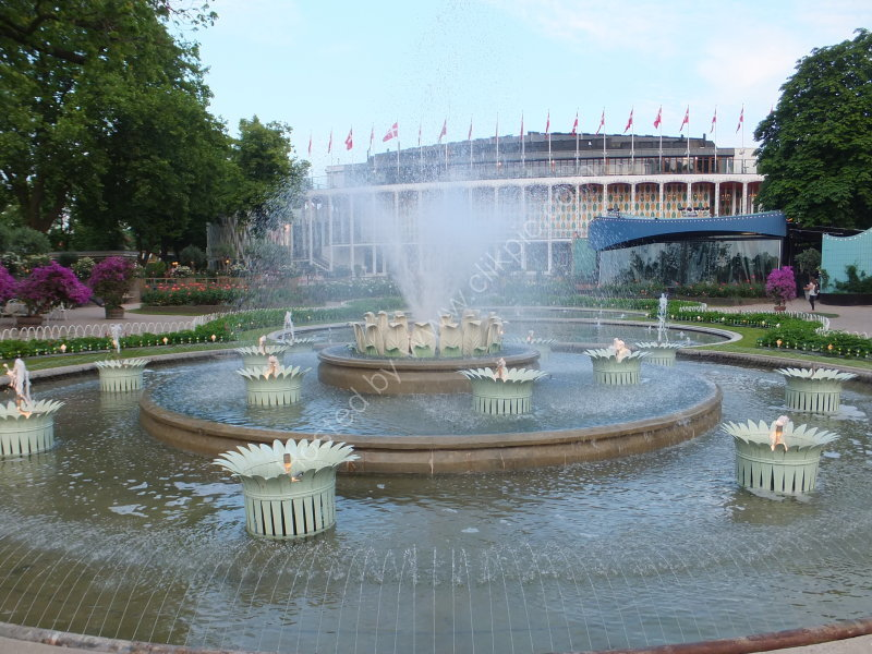 Concert Hall (background) & Fountains