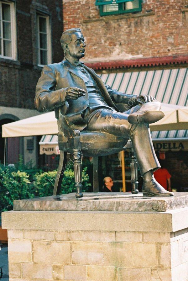 Bronze Statue of Giacomo Puccini, Lucca, Tuscany