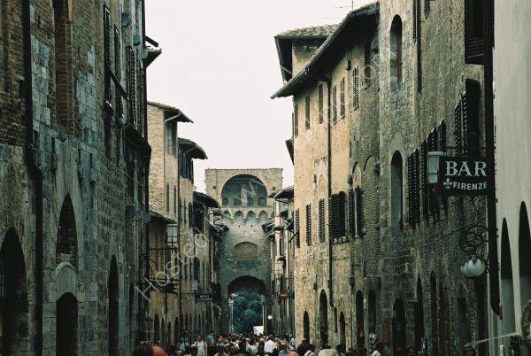 Street in San Gimigiano, Tuscany