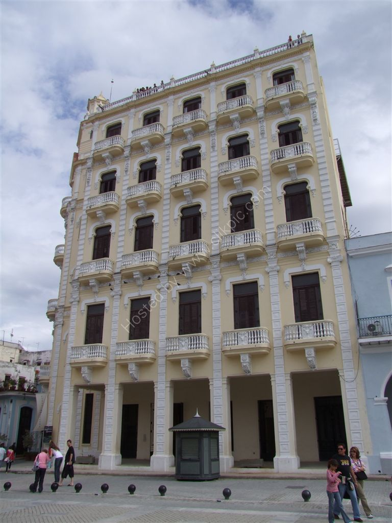 Camera Obscura Building (see people on the roof), Plaza Vieja, Havana