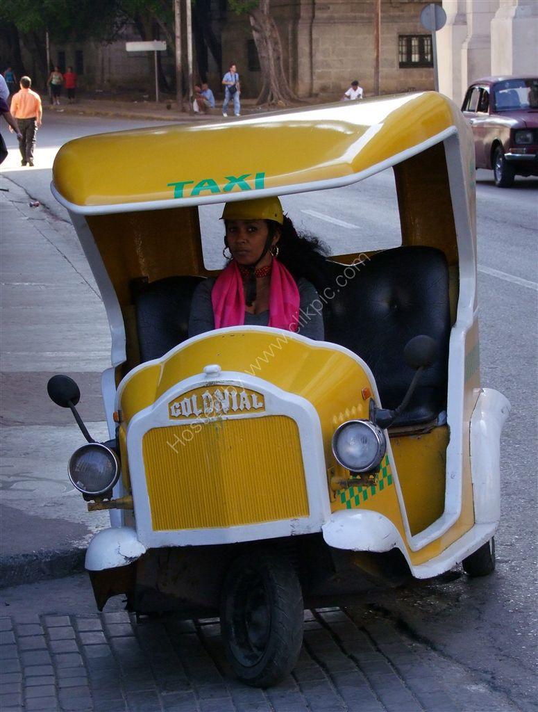 Colonial Taxi, Havana