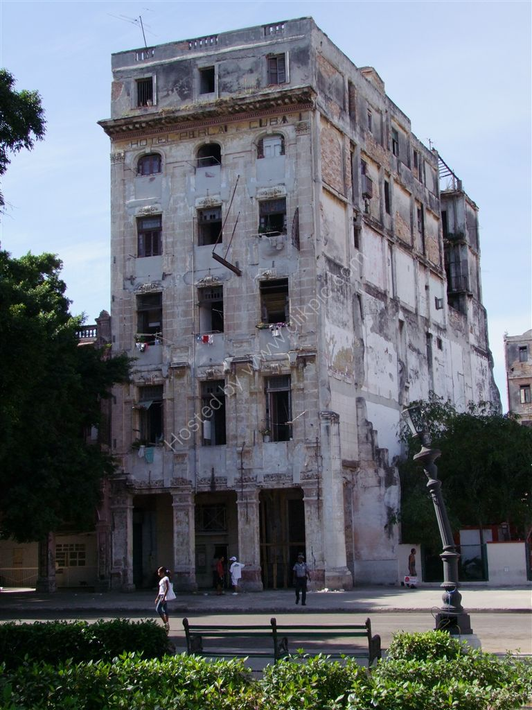 Dilapidated Hotel Perla Cuba, Havana