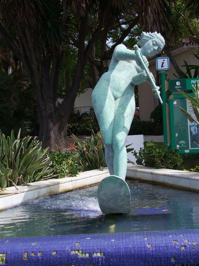 Fountain, Avenida Duque de Ahumada, Marbella