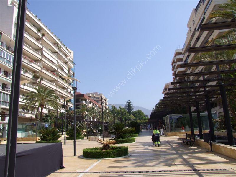 Calle Valdes, Marbella