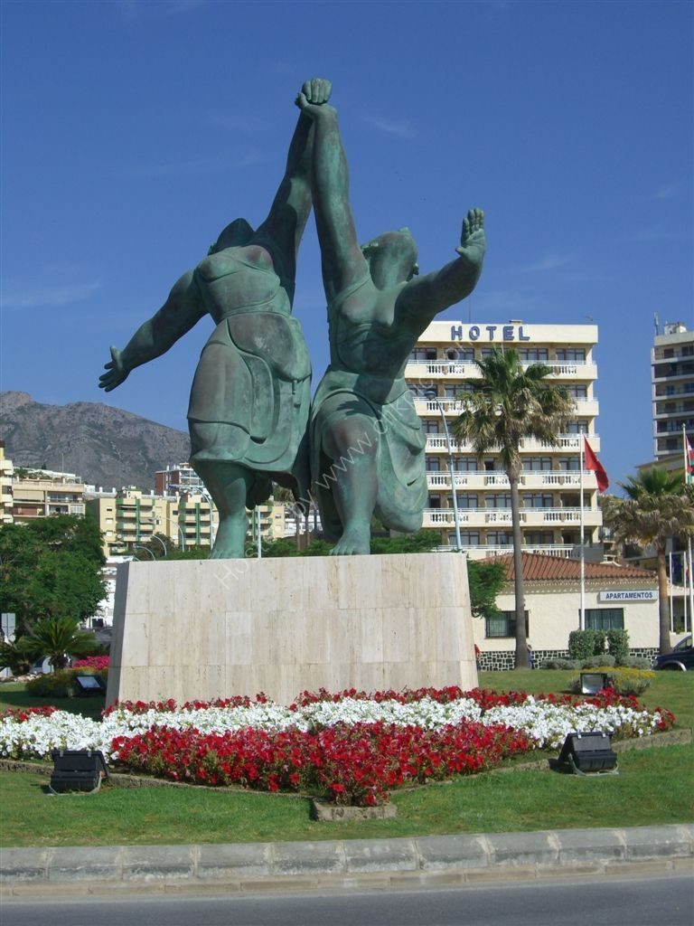 Bronze Statue, Playamar