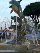 Dolphin Fountain, Playamar