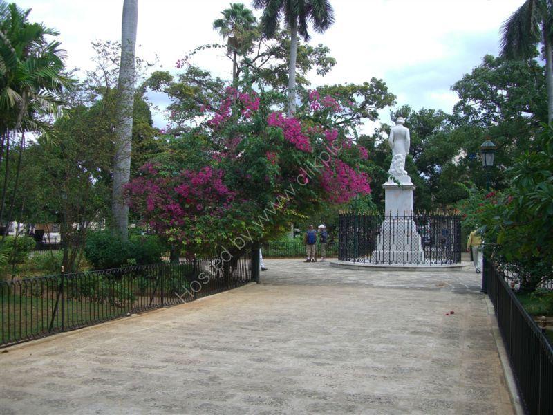 Park, Plaza de Armas, Havana