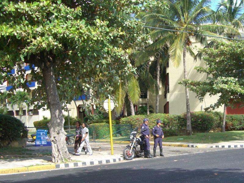 Policemen, Varadero