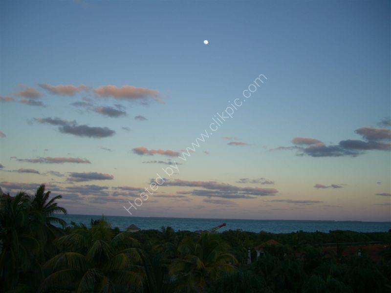Sunset & Moon, Varadero