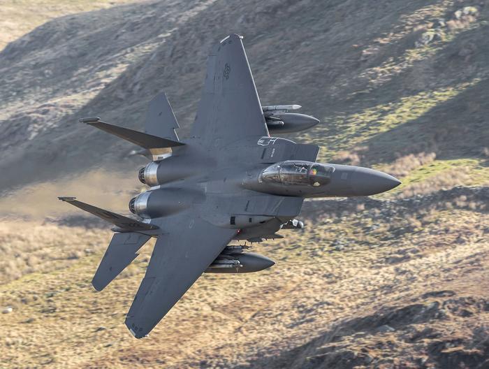 """F-15E Strike Eagle """"Roar 31 """" Flight"""