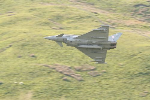 Eurofighter Typhoon in the Cad pass.