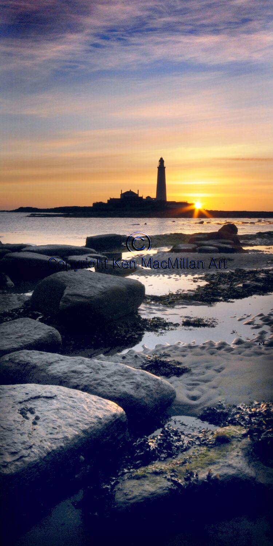 Sunrise at St. Marys Lighthouse, Whitley Bay.