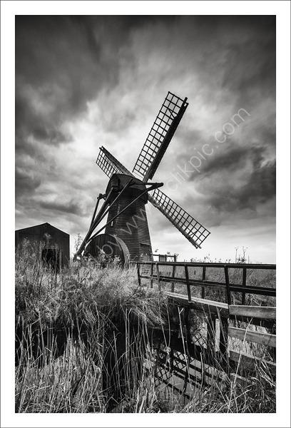 Herringfleet Mill - Black and White