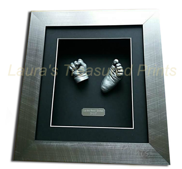 3D hand & foot baby casts in a brushed silver frame